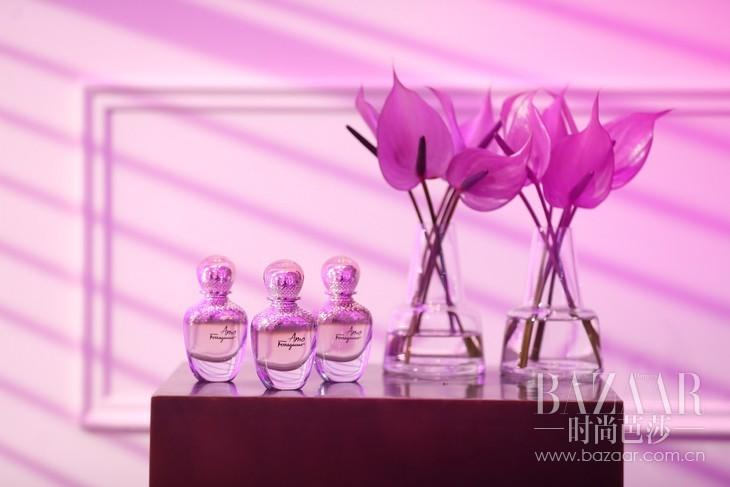 图:Amo Ferragamo我爱菲拉格慕女士香水大胆展现摩登女性的魅力与激情