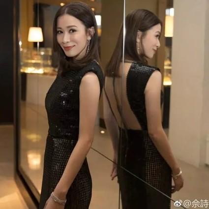 紫禁城发型总监佘诗曼,在网红滤镜下秒变脸,原谅我真的认不出…