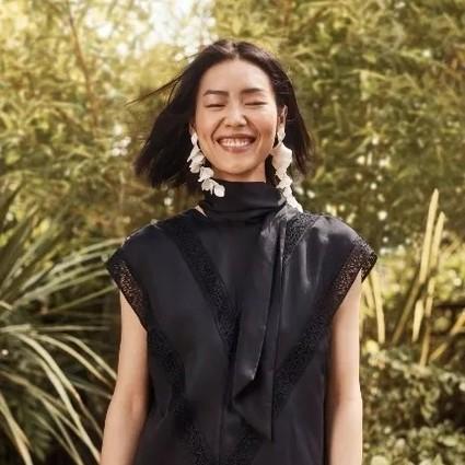 当科技环保融入时装,穿着海边废瓶子制成的婚纱是否依旧能时髦?