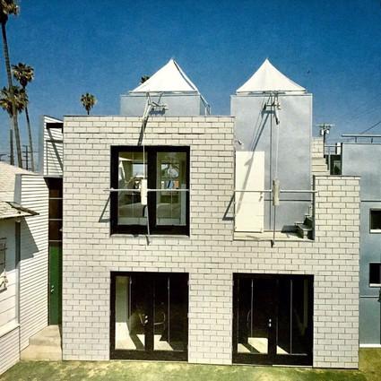這位被解雇的建筑師,為何能獲建筑界最頂級大獎?