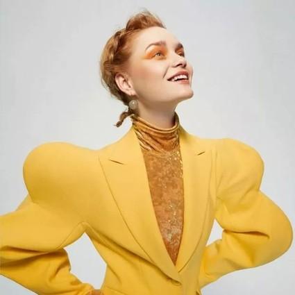 暖阳黄跳脱姜黄显白,黄色妆容品鉴开始!