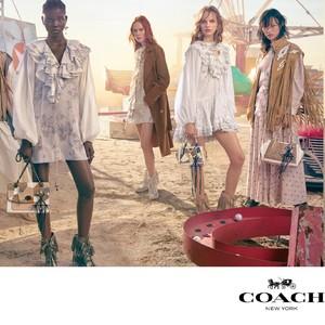 Coach发布2019春夏女士系列广告形象大片