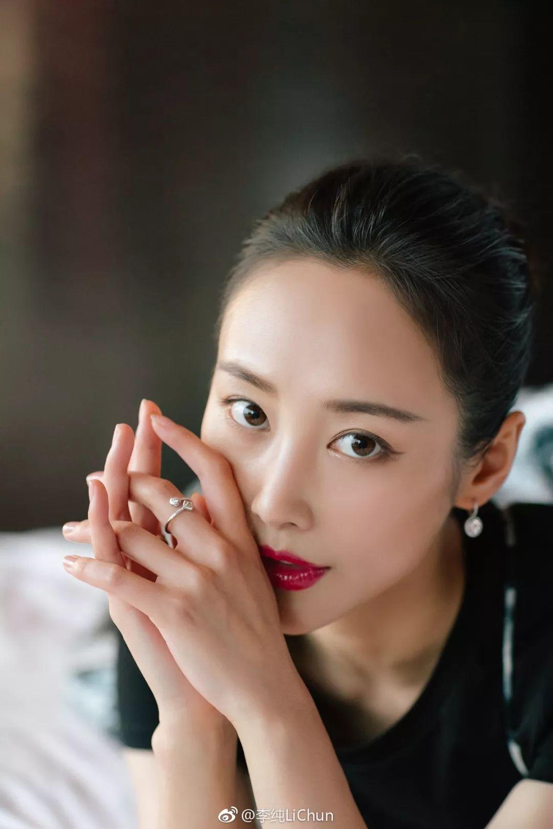 平价好用的国产化妆品集体开挂,颜值高到连李纯都忍不住pick了!