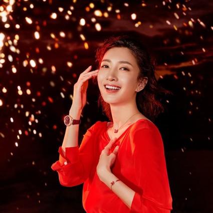 红耀新年 绽放中国魅力 施华洛世奇红色天鹅系列闪耀首发