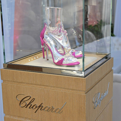 René Caovilla 与Chopard为赤子之心基金会日内瓦晚宴推出合作款设计