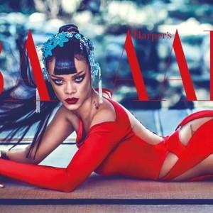 作为身价最高的女歌手,还有什么是Rihanna做不到的?