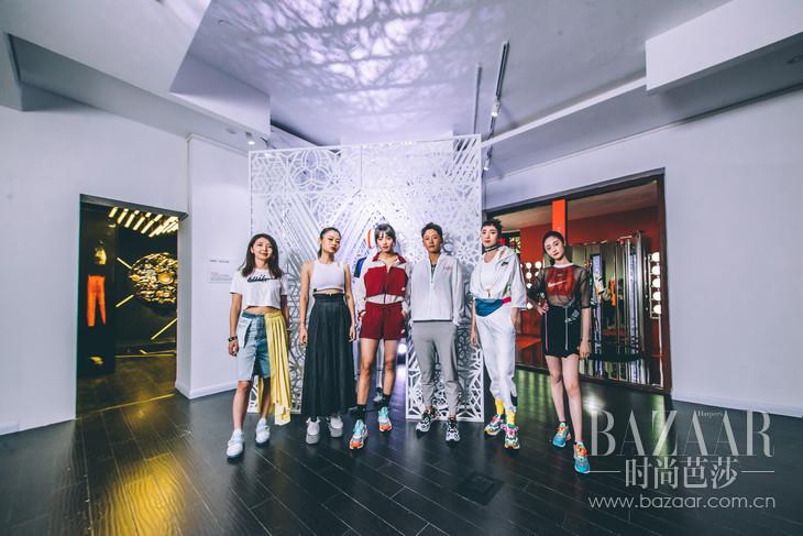 来自各个领域的新生代女性亲临活动(从左到右):StudioNOWHERE联合创始人Angie,艺术家Juno Shen,足球运动员王思锦,足球运动员李冬娜,演员王紫璇,歌手演员周洁琼