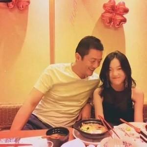 胡军带康总参加李嫣13岁生日会,这群星二代之间都是什么神仙缘分?