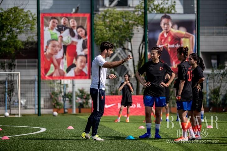 专业足球训练体验服务11