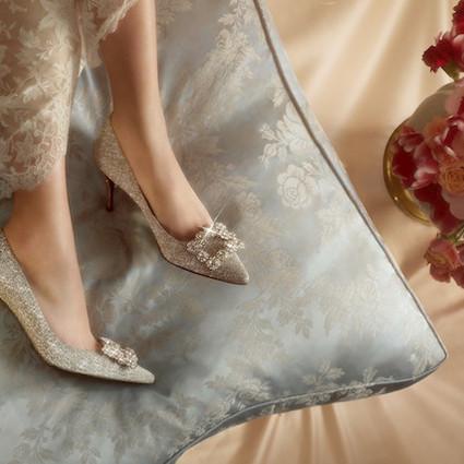 真挚爱意 璀璨加冕-――Roger Vivier 罗杰•维维亚2019婚礼系列