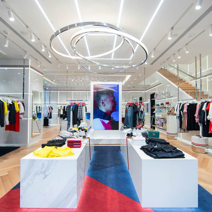 TOMMY HILFIGER未来概念店在北京盛大开幕,携手品牌代言人余文乐探索创意力量