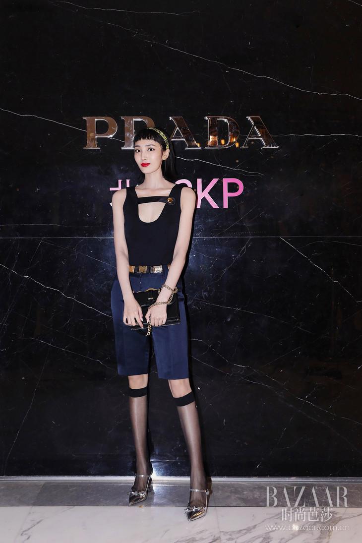 王紫璇出席Prada Invites系列庆祝酒会