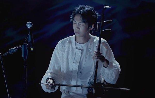 《婚约》创作人邓见超、孟慧圆赢得比赛
