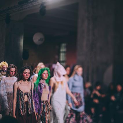 全球人才——俄罗斯时装周打破了各种限制
