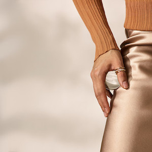 戴比尔斯 (DE BEERS) Horizon戒指探索全新设计美学