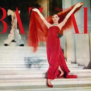 1950s:一个女人都优雅到骨子里的经典美时代