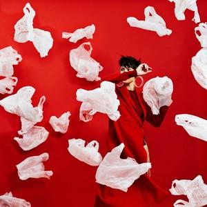 分不清垃圾的上海人哭了,用垃圾卖爆款的时尚圈笑了
