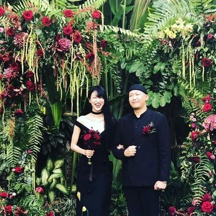 敢和刘雯争亚洲超模一姐的她,连结婚都要穿一身黑?