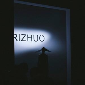 诗情画意下解读东方风采 ——RIZHUO日着2020春夏游侠系列