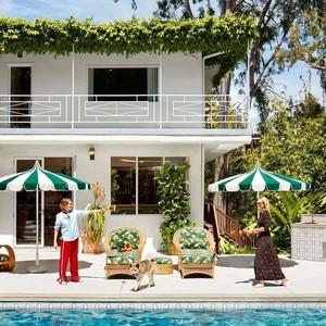 超模Cara的豪宅大公开,这些好看又小众的家居真想立刻搬回家!