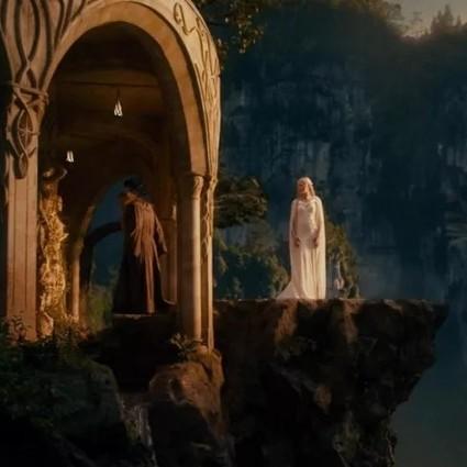 """""""精灵王子""""自嘲容颜不再,安妮・海瑟薇出演过《指环王》?【芭莎女孩不认输】"""