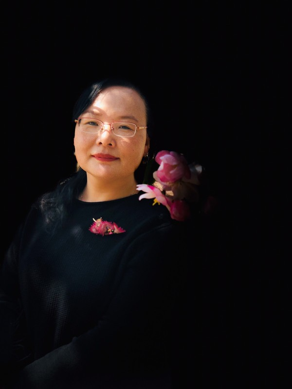 张莉,2019年.jpg-1200_1600