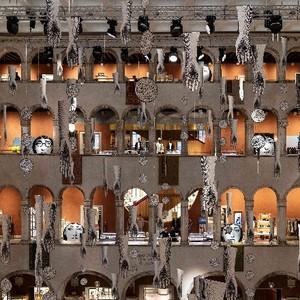 浪漫水都威尼斯: 时尚与购物风潮的恋语