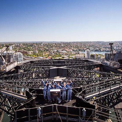 """悉尼大桥攀登公司携""""K歌攀登""""体验重磅回归 诚邀广大中国游客在悉尼海港大桥之巅共庆鼠年来临"""