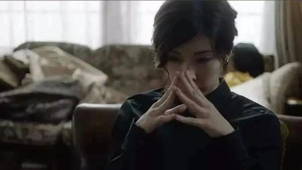 孙艺珍一双美手好治愈!手好看的女生跟后天习惯有关吗?