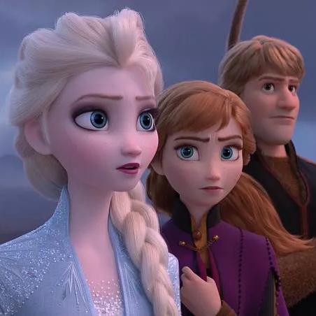 《冰雪奇缘2》Elsa持续美貌营业,看的我只想跟迪士尼的公主们学学化妆!