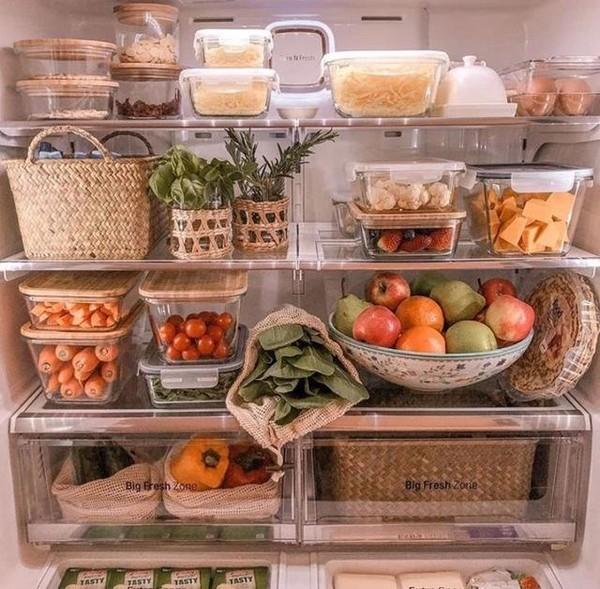 卡戴珊家的冰箱大过超市,但为什么一片面膜都不放?
