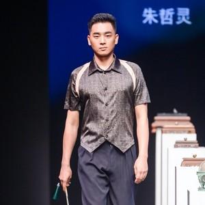 和龙凤.朱哲灵春夏汉服发布会《节气与经络》盛大开幕