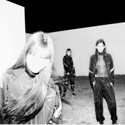 Onitsuka Tiger鬼�V虎70周年庆合作项目第五篇章:Onitsuka Tiger 鬼�V虎 × sulvam 设计师 Teppei Fujita联名系列