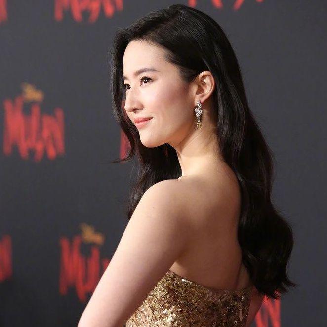 刘亦菲还有被嘲颜值的一天?是你的审美还配不上她