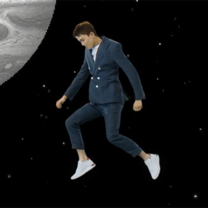 吳磊得小白鞋大片還能這么魔幻?