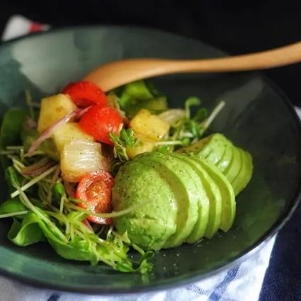 为什么只吃水果还会胖?健康饮食也有陷阱!