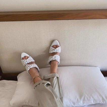 这条夏季限定的脚链,再不戴就晚了!