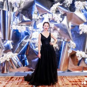 王佳颖,是时尚的文化引领者,更是新时代国际教育家