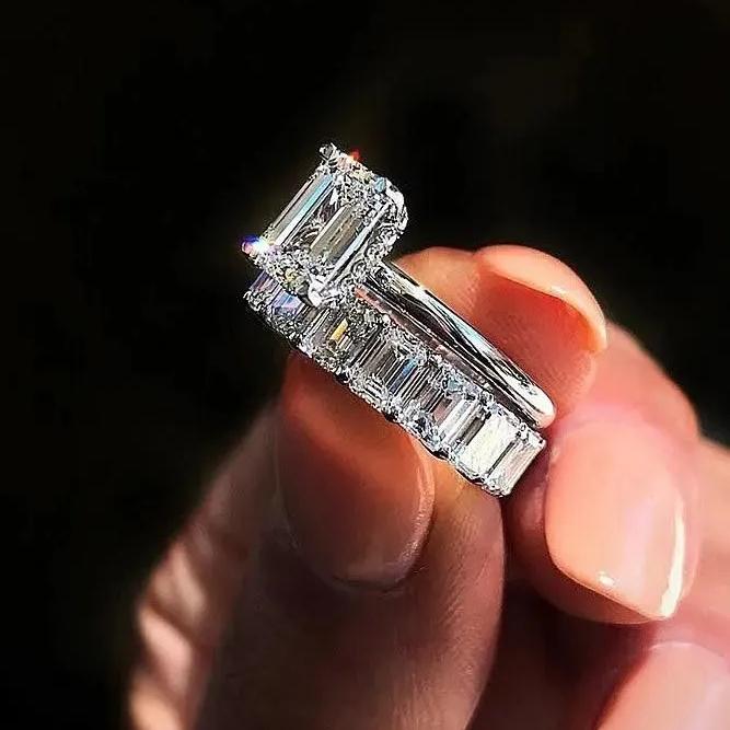 一克拉以下的钻石不值得买?看过这些精妙的镶嵌再决定……