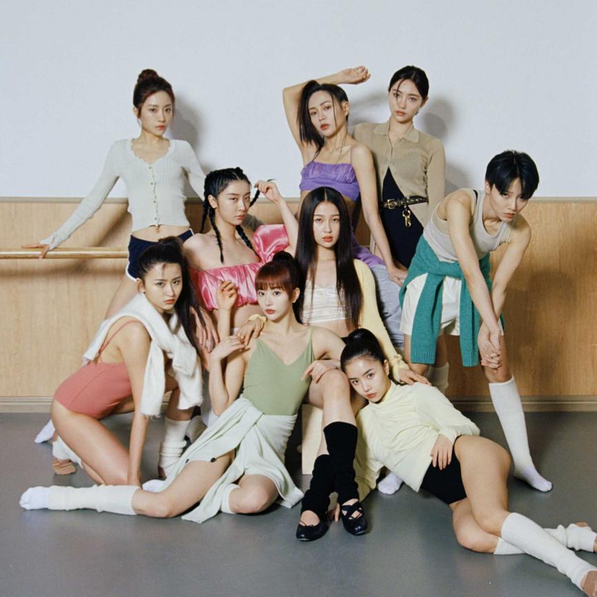 BazaarVStar | 打破陈旧规则,来自《青春有你2》女孩们的《新女孩宣言》