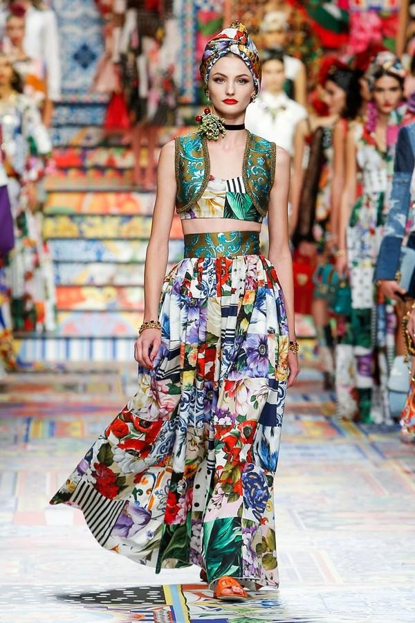 C:UsersrendsDesktopPRIORITY LOOKSDolce&Gabbana_woman fashion show ss21_look prioritari (37).jpg