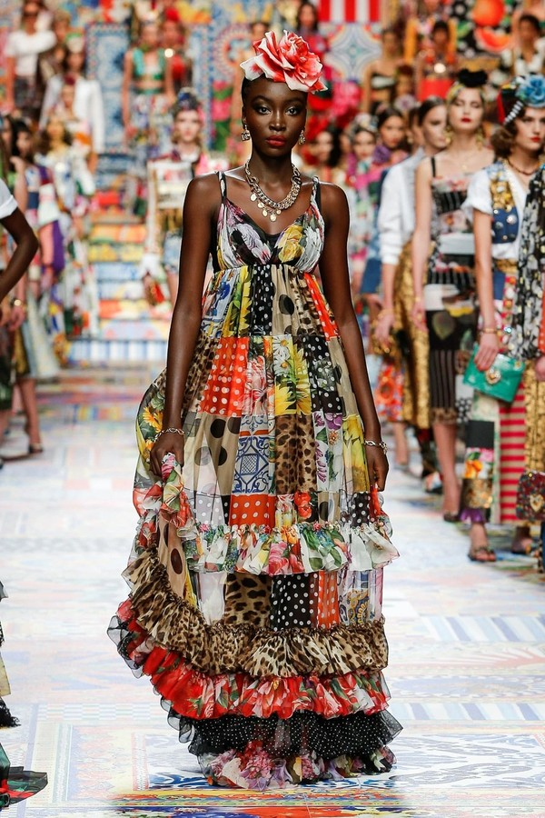 C:UsersrendsDesktopPRIORITY LOOKSDolce&Gabbana_woman fashion show ss21_look prioritari (36).jpg