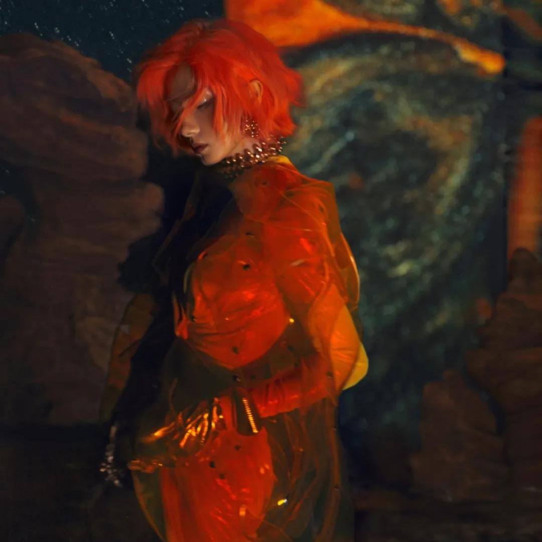 橘发女战士万茜 带你穿越千年古国楼兰