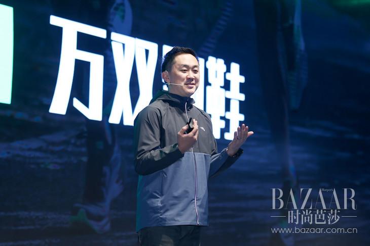 """4:安踏跑步篮球事业部总经理蔡之本揭幕""""创中国跑力""""品牌战略"""