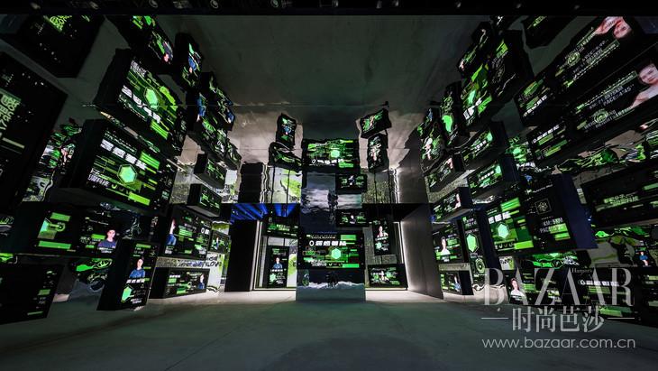 7:现场以沉浸式大数据氛围展现强科技感