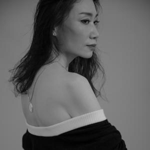 """杨起凤加盟""""KAISER X DENNIS FEI《无常》时尚摄影展""""公益生命  国际响应"""