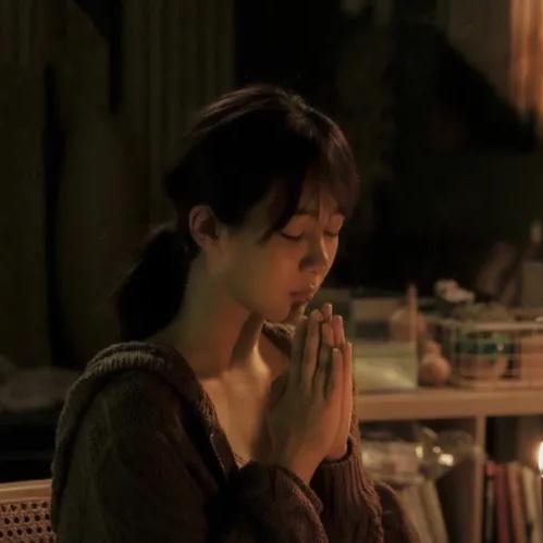 杨紫的眼泪可以让不幸的他们更勇敢一点吗?