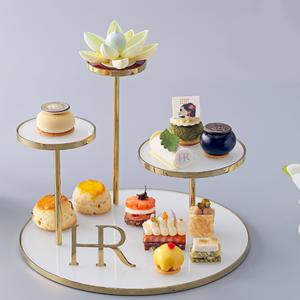 北京丽思卡尔顿酒店携手赫莲娜臻呈跨界下午茶