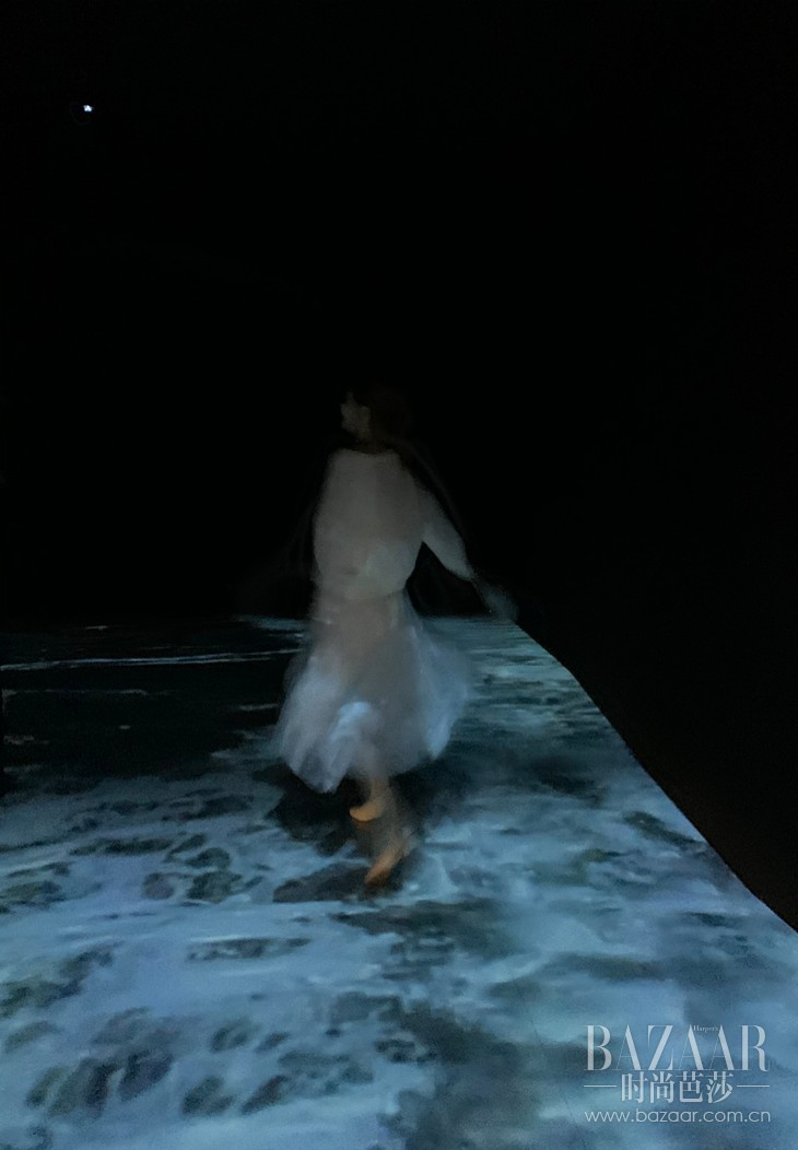07 3D浪花扑面而来,带着湖泊的气息