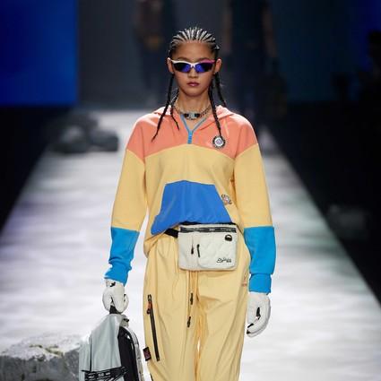 """斯凯奇""""身临奇境""""时装秀亮相上海时装周"""